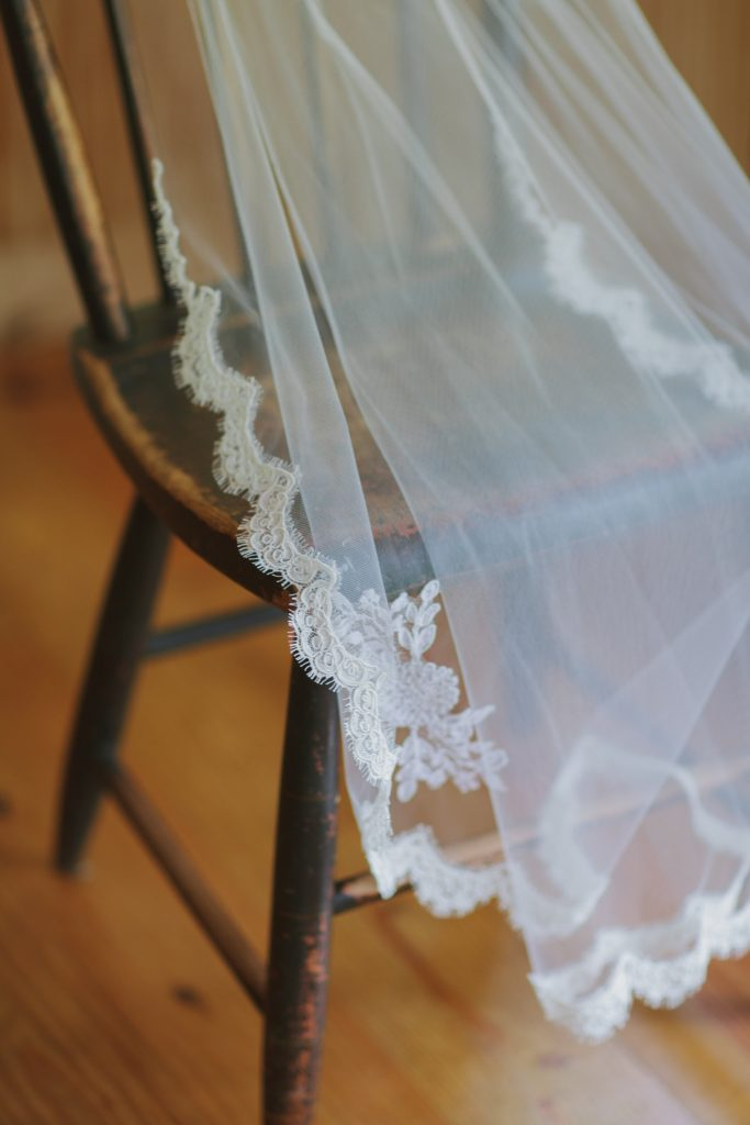 lace veil, rustic wedding